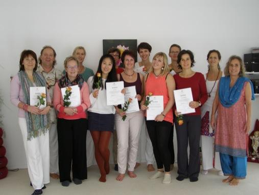 Abschluss / Prüfung Yogalehrer Grundausbildung 2013